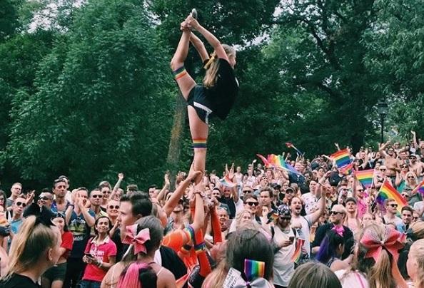 12 imagens da parada LGBT Europride 2018 na Suécia