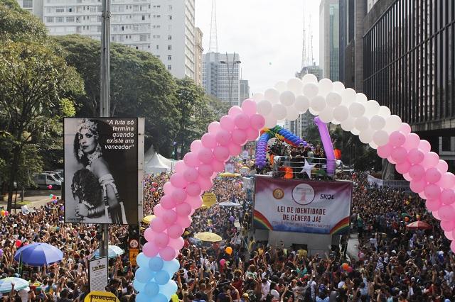 20ª Parada do Orgulho LGBT de São Paulo - veja fotos da Avenida Paulista em 2016