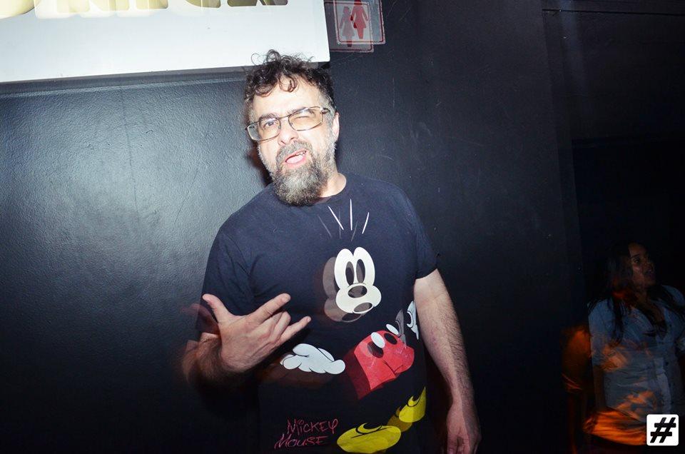 André Pomba é DJ do famoso clube A Lôca, um dos clubes gays mais antigos de São Paulo
