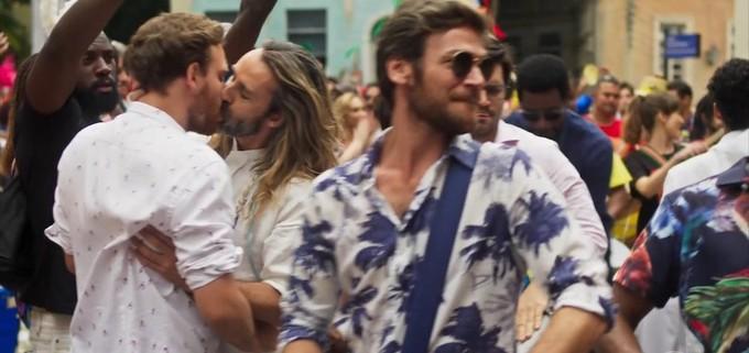 Beijo gay no final de Segundo Sol com André Dias