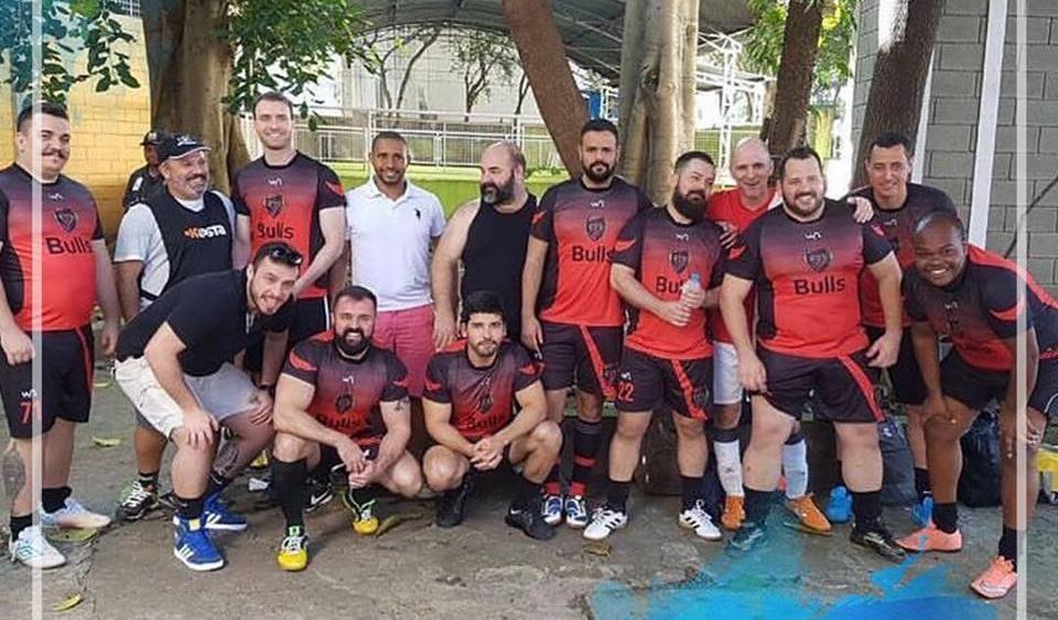 Bulls FC, equipe gay de futebol de São Paulo, vence o 2º Champions Ligay em Porto Alegre