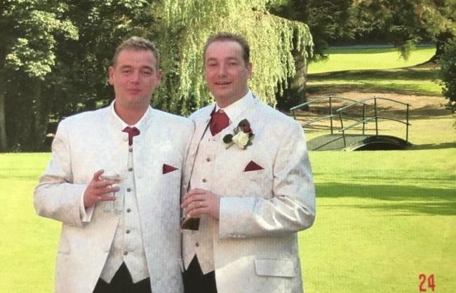 Casal gay morre um após o outro na Inglaterra