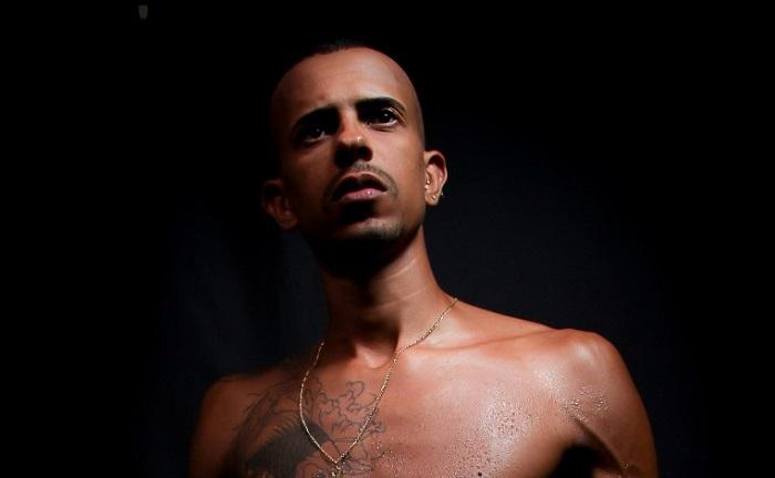 Marca gay Danúnio convida o ator de pornô gay Edu Picasso