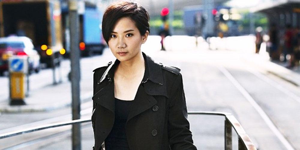Cantora lésbica Ellen Joyce Loo comete suicídio em Hong Kong