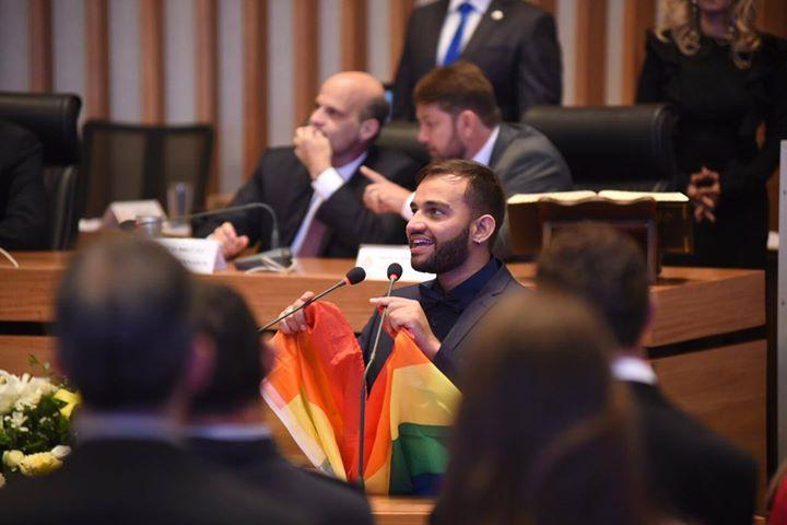 fabio felix deputado distrital gay