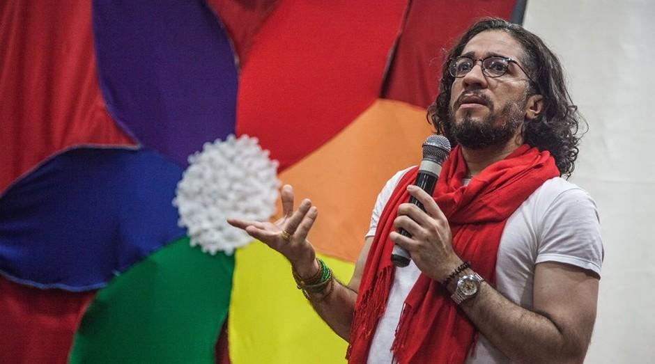 Jean Wyllys: deputado gay pelo Psol é reeleito para a Câmara dos Deputados