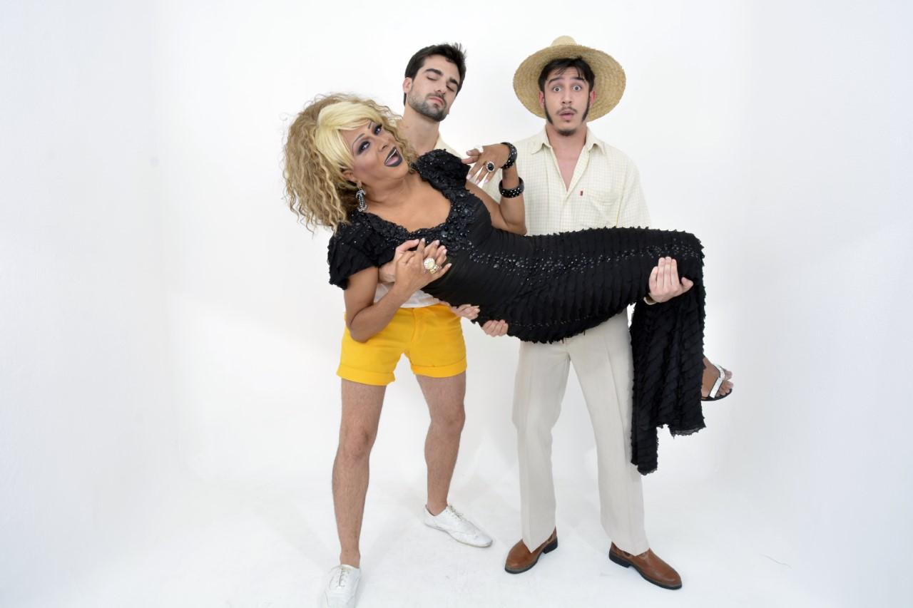 Silvetty Montilla estrela a comédia O Nome Dela É Valdemar no Teatro Brigadeiro em São Paulo