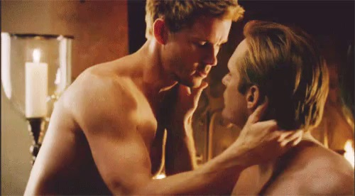 Série super gay-friendly, True Blood deve virar musical