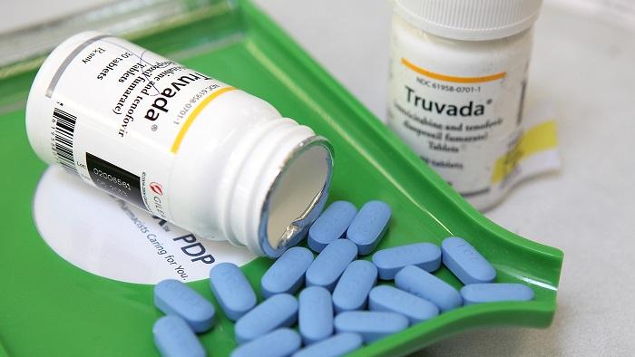 Farmanguinhos vai produzir Truvada, que previne HIV